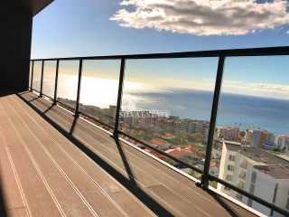 Exceptionel appartement de luxe T3 Ultimo andar, Funchal Amparo | 4 Pièces | 4WC