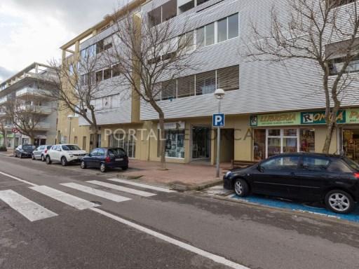 Local commercial à Zona Via Ronda Ref: M8301 1