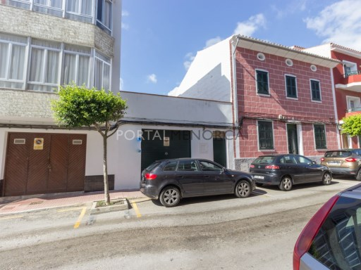 Garage in Es Castell Ref: M8453 1
