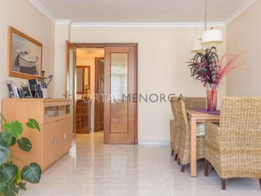 Wohnung zu verkaufen in Es Castell - M8454
