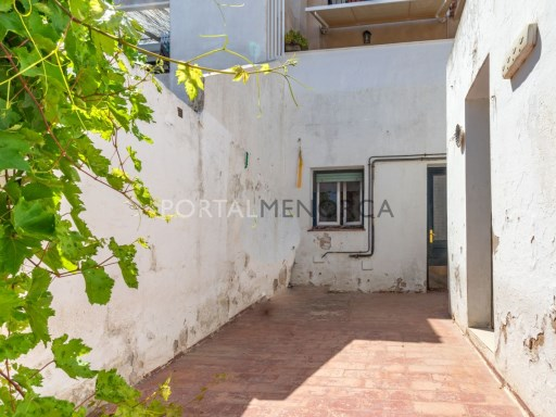 House in Mahón Ref: V2778 1