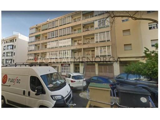 Commercial for Rent in Mahón - V2856