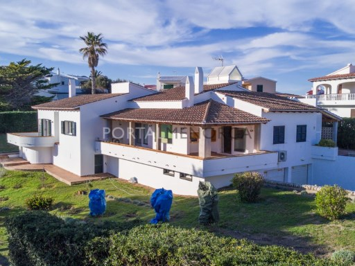 Villa à Arenal d'en Castell Ref: V2147 1