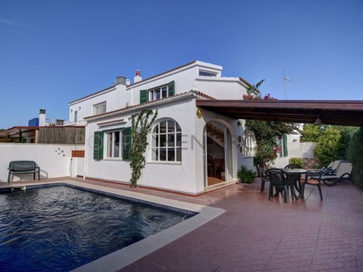 Villa à Cala Blanca Ref: H2631 1