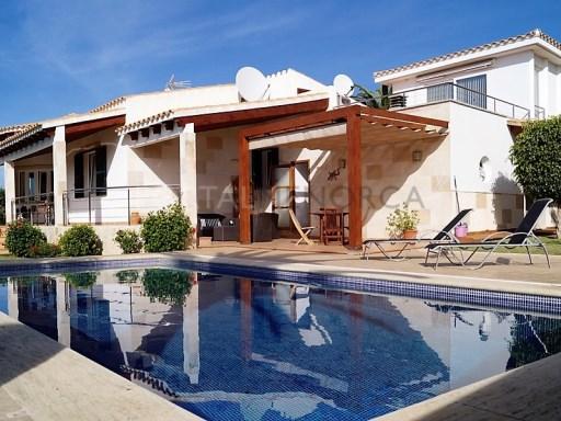 Villa in Sa Caleta Ref: C102 1
