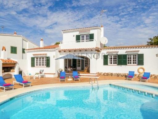 Villa for Sale in Cala Galdana - T1066
