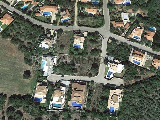Plot in Binixica Ref: M7783 1