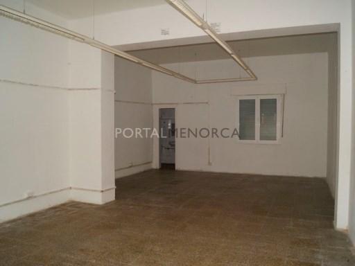 Local comercial en Zona Vives Llull Ref: M8051 1
