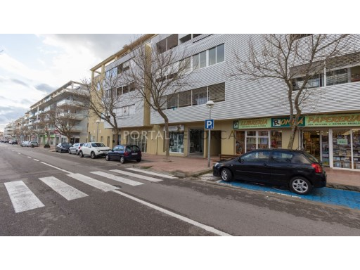 Commercial in Zona Via Ronda Ref: M8301 1