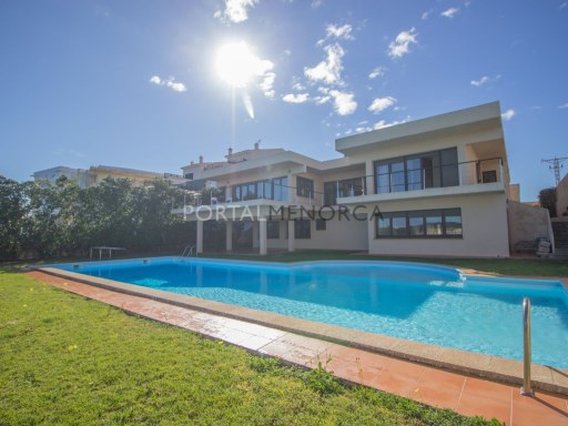 Villa in Es Castell Ref: SM2409 1