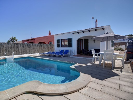 Villa à Cap D'Artruitx Ref: H2589 1