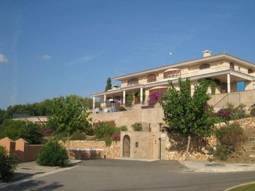 Villa in Cala Llonga Ref: HV2071 1