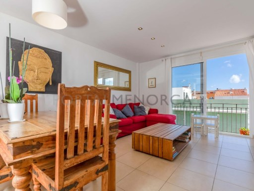 Flat in Es Castell Ref: H2627 1