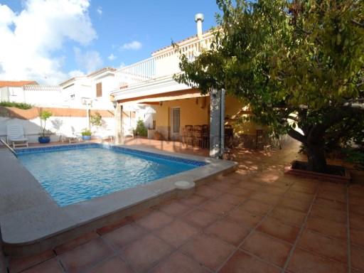 Villa in Santa Ana Ref: H2152 1