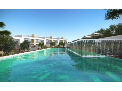 Moradia V3, Albufeira, com jardim e piscina ...