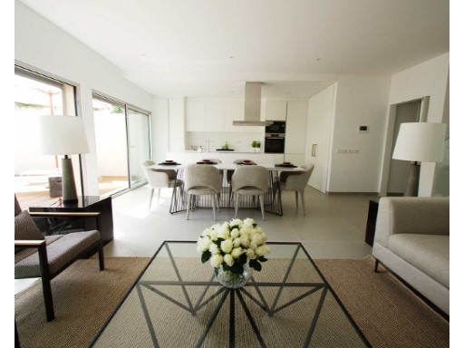 Villa 3 Bedrooms Duplex in Ferragudo ...
