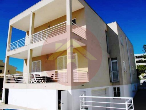 Bank's property-3 bedroom Villa-sale-Bemposta-Portimão, Algarve | 3 Bedrooms | 4WC