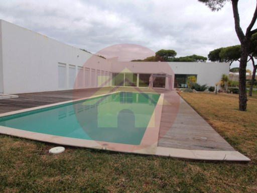 4 bedroom villa-for sale-'Old Pine'-Vilamoura, Algarve | 4 Bedrooms | 5WC