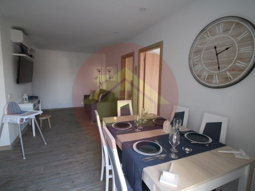 2 bedroom apartment-for sale-Praia da Rocha-Portimão, Algarve | 2 Bedrooms | 3WC