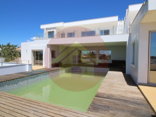 4 bedroom villa-for sale-Ferragudo-Lagoa, Algarve | 4 Bedrooms