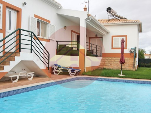 4 bedroom villa-for sale-'Monte Canelas'-Portimão, Algarve | 4 Bedrooms | 3WC