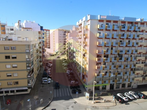 Apartment T3-25 April-for sale-Portimao, Algarve | 3 Bedrooms | 2WC