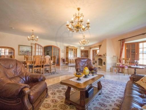 Grande villa con splendido soggiorno. Area ideale di Toscal ...