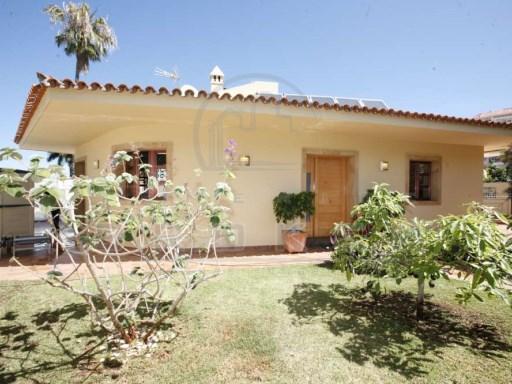 0d7d1232a03a Bella villa con piscina, posizione imbattibile, garage, vista! Tenerife ›  Puerto de la Cruz