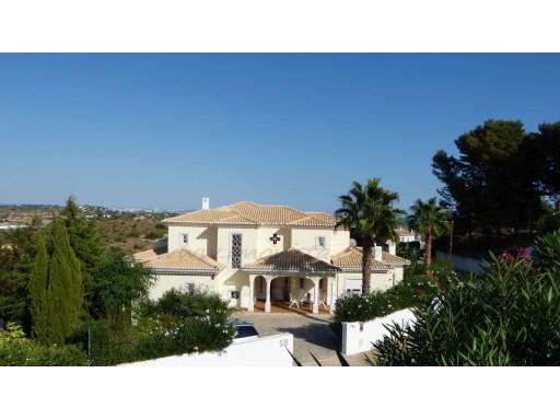 Villa sea view, 374 m2 in 751 m2 construction Area Land 1750