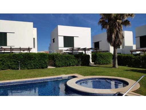 Villa in Punta Grossa Ref: C76 1