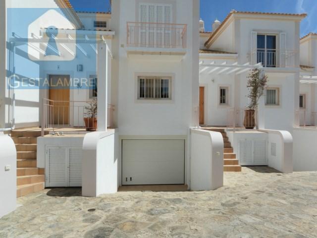 Португалия  в Algarve, Olhos de agua