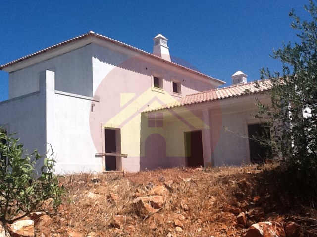 Fifth-for sale-Porches-Lagoa-Algarve