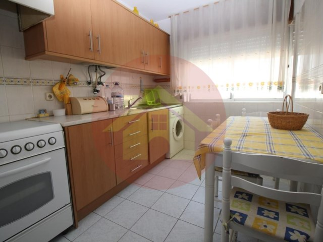 2 bedroom apartment-for sale-Lagoa, Algarve
