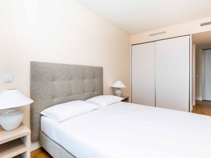 Room 2 (Example)