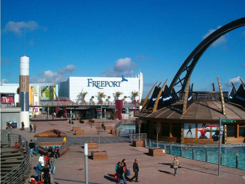 freeport outlet proche Praia do Sal
