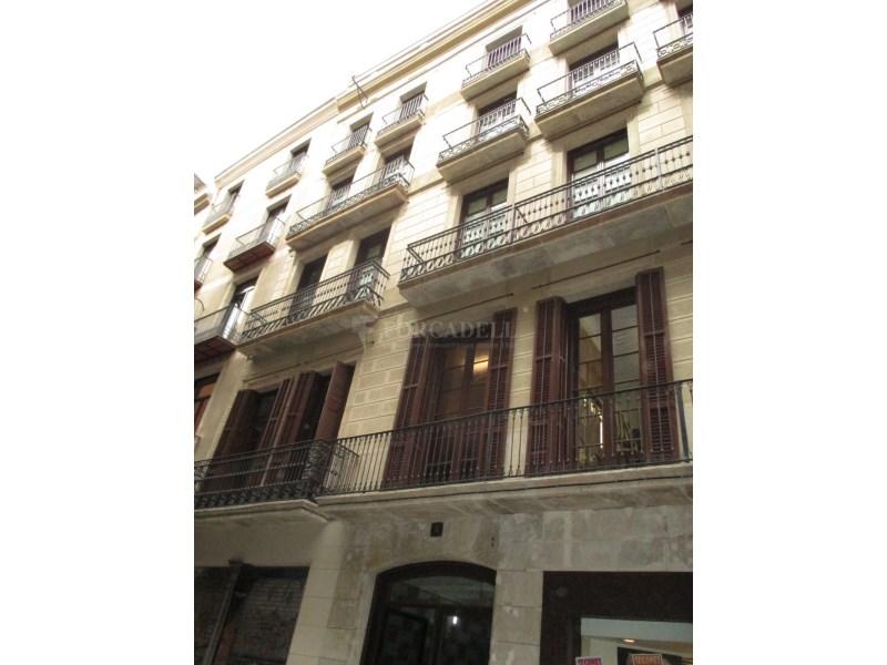 Habitatge reformat junt Les Rambles. 3