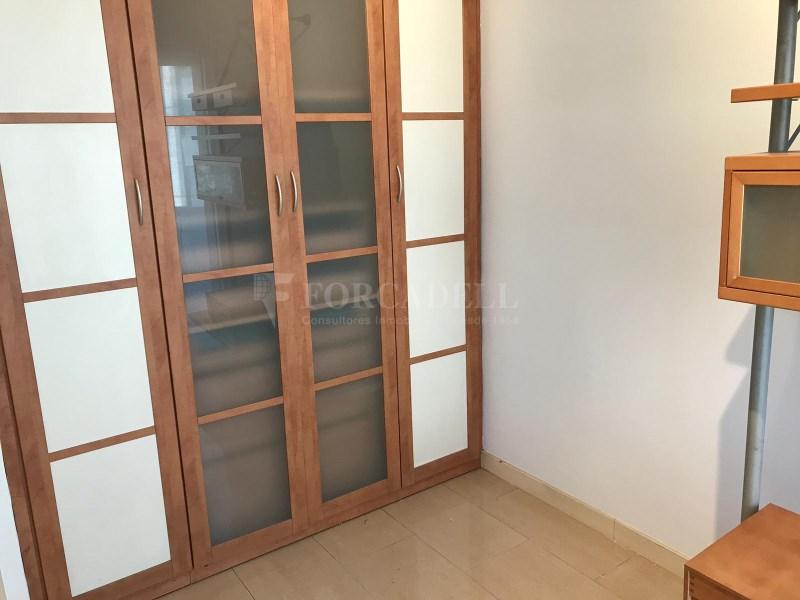 Apartamento en lloguer al carrer Roger de Flor. 15