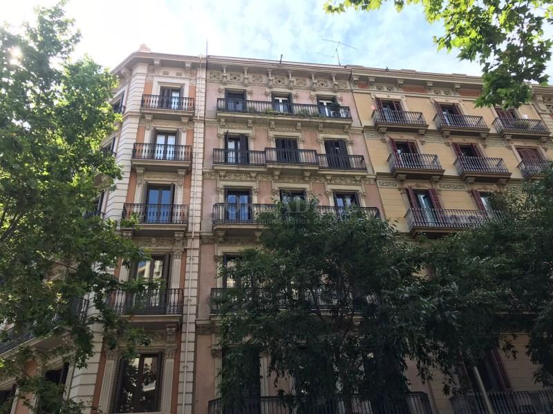 Loft al carrer València.