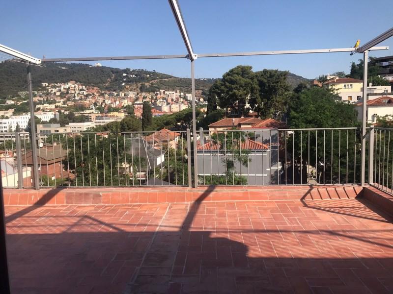 Àtic amb espectacular terrassa al Coll. 3