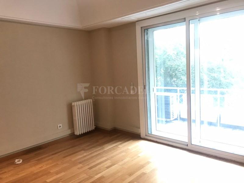 Fantàstic pis al carrer Rosselló (SENSE COMISSIONS AGÈNCIA) 36
