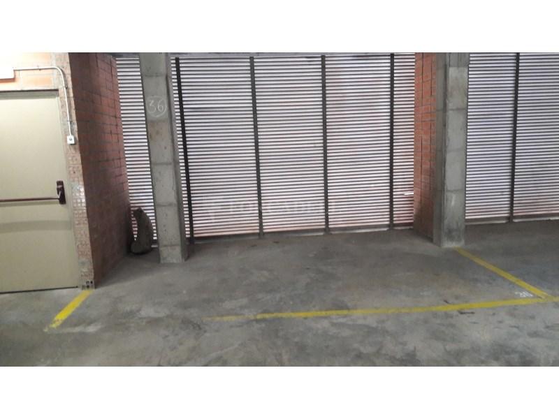 Plaça d'aparcament doble en venda a Granollers. 2