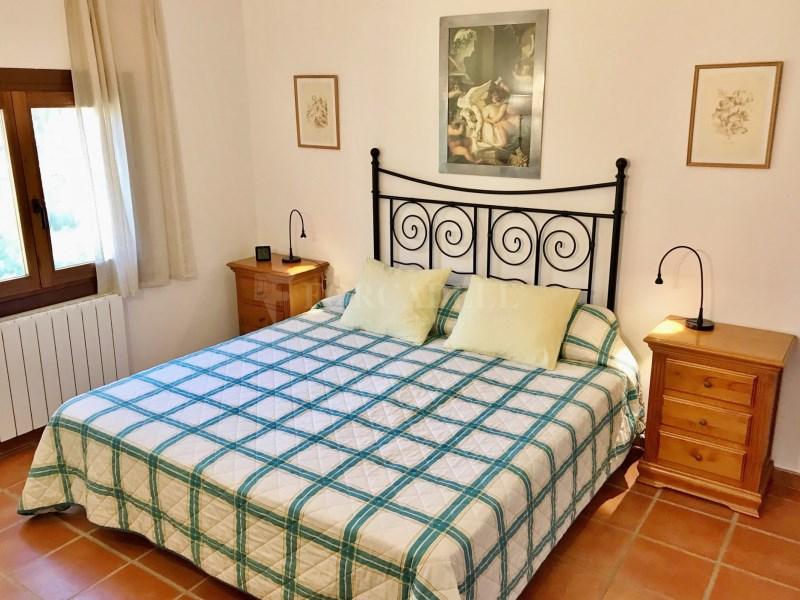 En venda 2 cases independents amb piscina a Sant Celoni 9