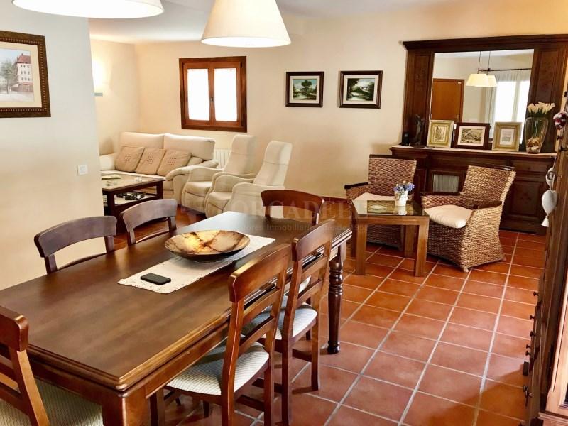 En venda 2 cases independents amb piscina a Sant Celoni 5