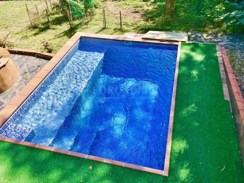 En venda 2 cases independents amb piscina a Sant Celoni 2