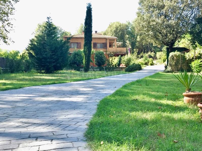 En venda 2 cases independents amb piscina a Sant Celoni 19