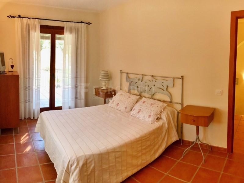 En venda 2 cases independents amb piscina a Sant Celoni 12