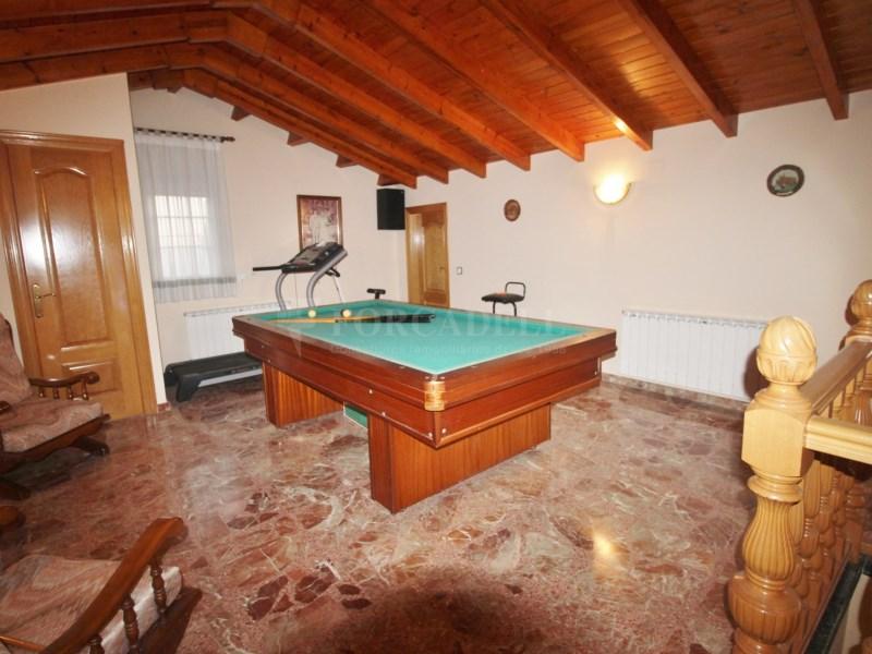 Gran casa en venda amb pista de tenis a Cànoves i Samalús 22