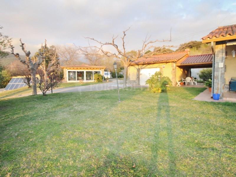 Gran casa en venda amb pista de tenis a Cànoves i Samalús 29