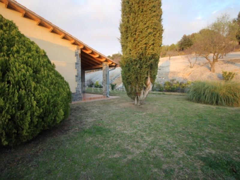Gran casa en venda amb pista de tenis a Cànoves i Samalús 35