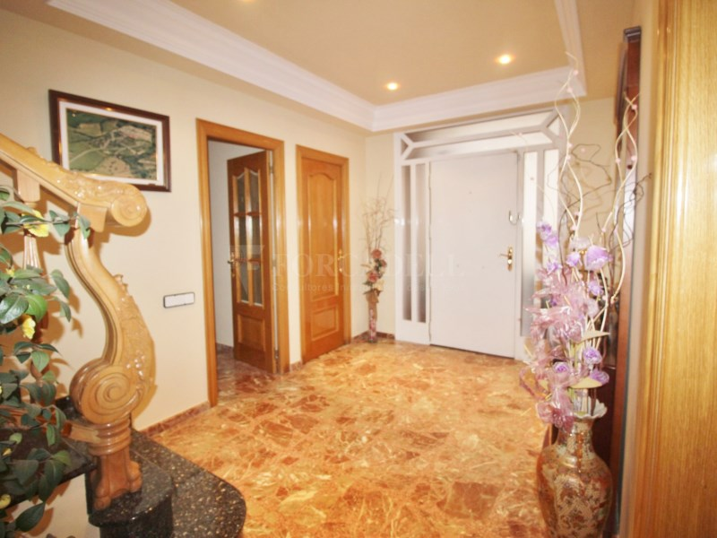 Gran casa en venda amb pista de tenis a Cànoves i Samalús 4